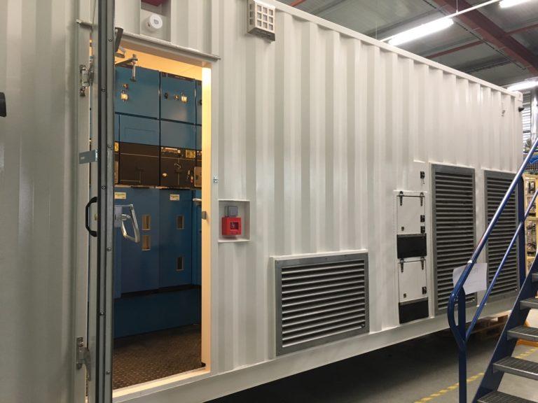 Régulateur de tension AC – Cellule SM6 embarquée